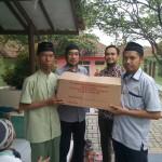 Senyum Bahagia Anak-anak Yatim Darul Aytam saat menerima bingkisan Roti
