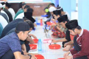 Puasa Senin Kamis Santri Ma'had Huda Islami Bogor