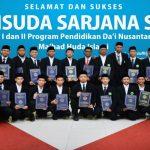 Wisuda Angkatan Pertama Mahasiswa