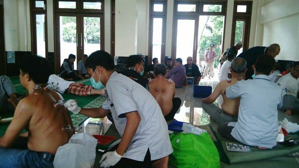 Baksos-Bekam-Masal-Yayasan-Huda-Cendekia-Bogor-oleh-Proses Pembekaman